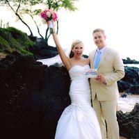 Maui Wedding Photographers logo
