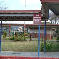 Kahului Elementary School logo