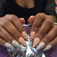 Pearl Nails & Salon logo