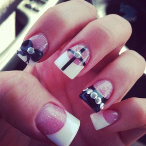 Photo uploaded by Artistic Nails Spa